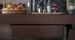 Schublade einer restaurierten Hobelbank