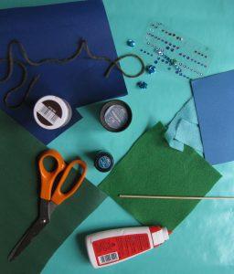 Bastelmaterial - Geschenkpapier - Tonpapier etc.