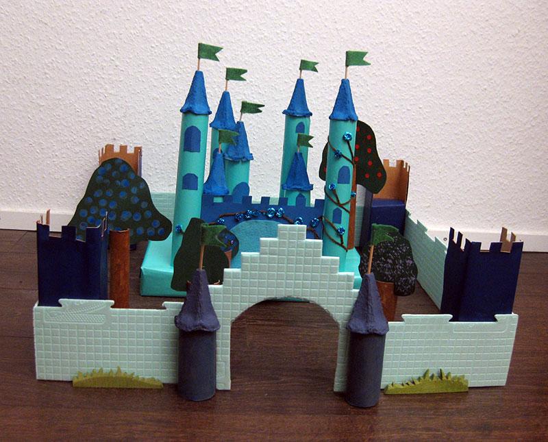 Upcycling-Schloss-mit-Mauern