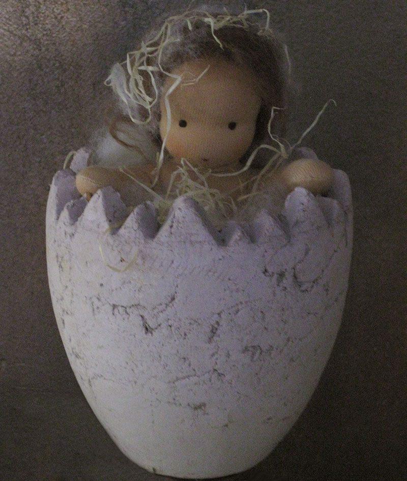 Aus dem Ei geschlüpft- Pia Puppe nach Waldorfart