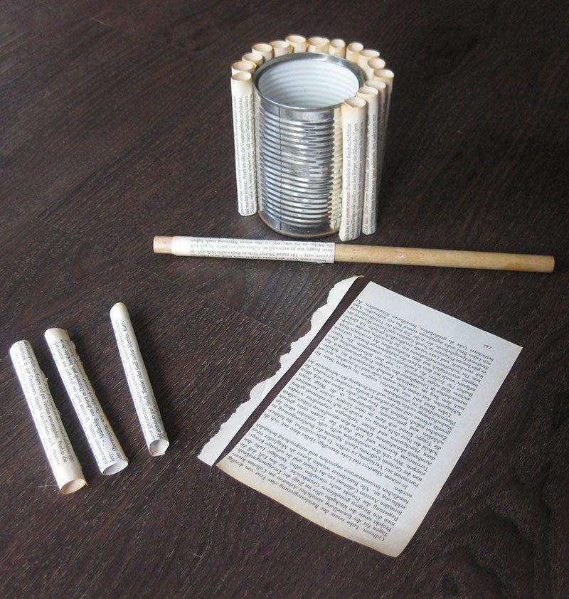 DIY Upcycling Vase aus Dose und Buchseiten