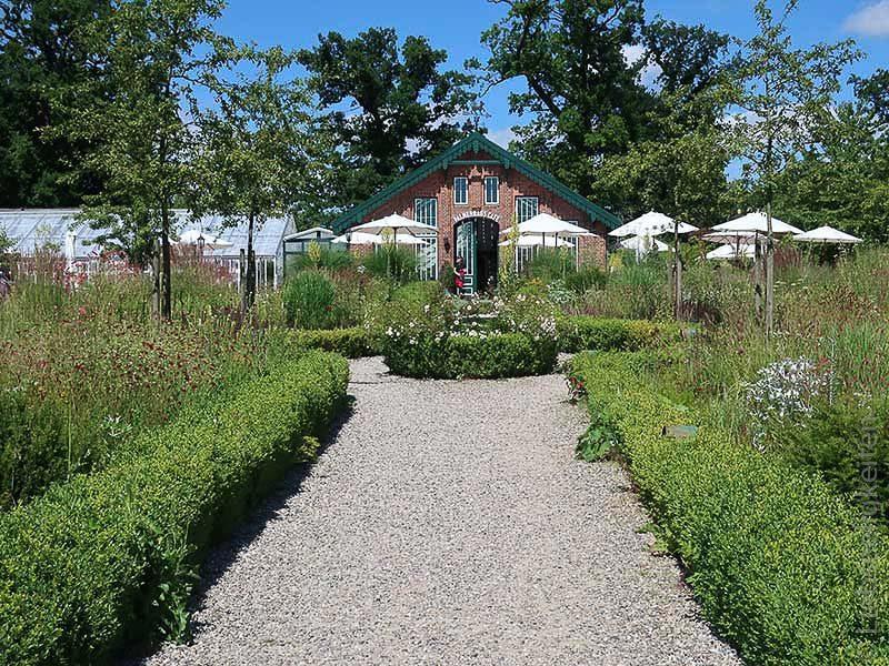 Palmenhaus-Cafe-Alte-Gutsgärtnerei-Sierhagen