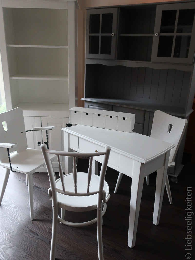 Alte Möbel neu gestrichen - Neuer Farbanstrich für gebrauchte Möbel - Aus Alt mach Neu