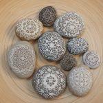 Steine bemalen mit Mandalas