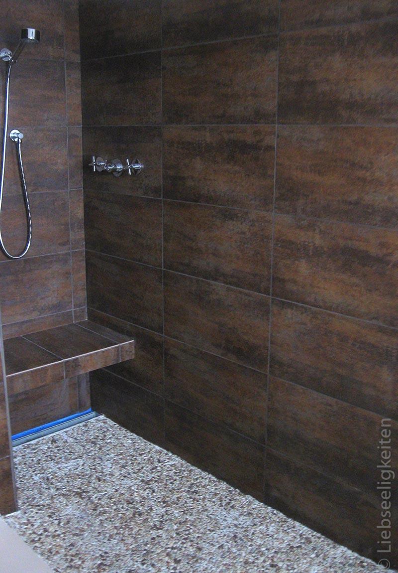 Offene, ebenerdige Dusche