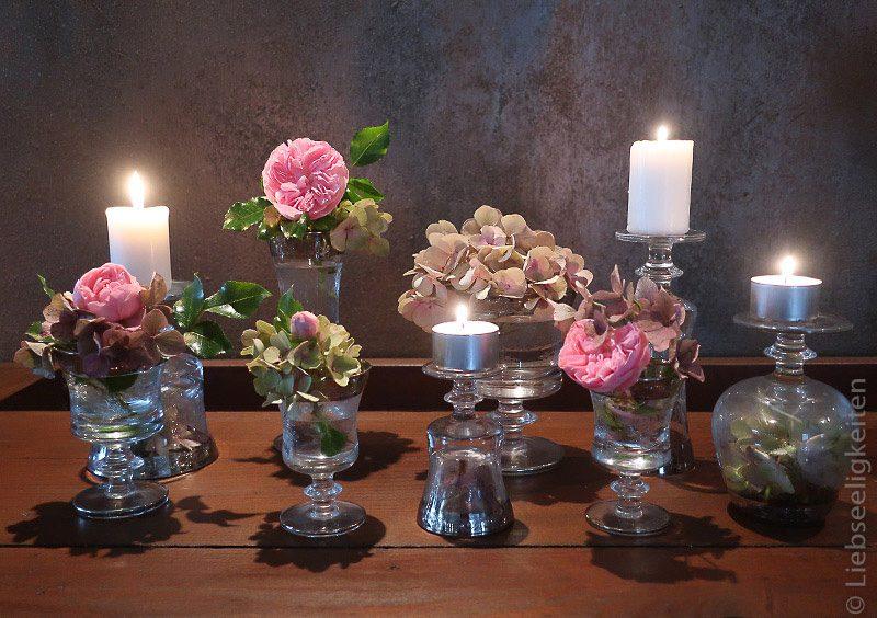 Rosenblüten und Hortensien - Rosen in Gläser - Gläser als Vase und Kerzenständer - Tischdeko - Blumendeko