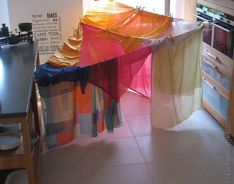 Zelt gebaut aus tüchern