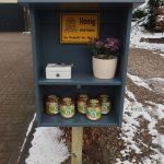 Verkaufsregal - Honig - Verkaufsstand - Vertrauenskasse - Imkerei