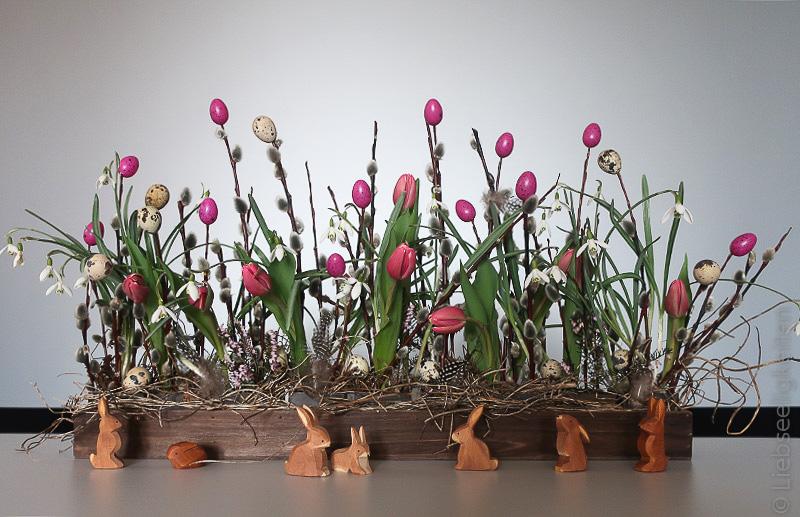 Blumendeko für den Ostertisch - Osterdekoration