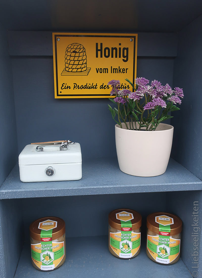 Verkaufsstand für den Honig