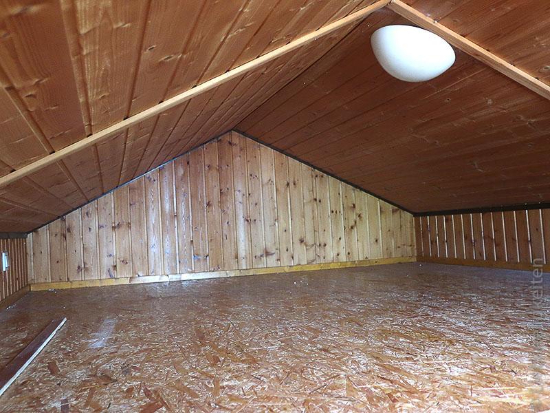 Dachboden in der Gartenlaube - Schlafboden - Spielboden - Hems