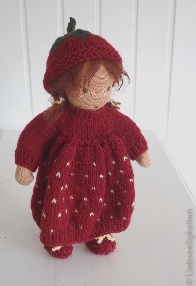Puppe nach Waldorfart - Waldorf - Erdbeerkind