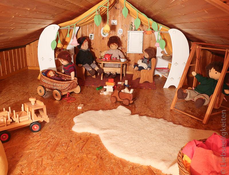 DIY Puppenstube - ein Spielhaus für Puppen - Spieleständer für Puppen - kleine Spielständer