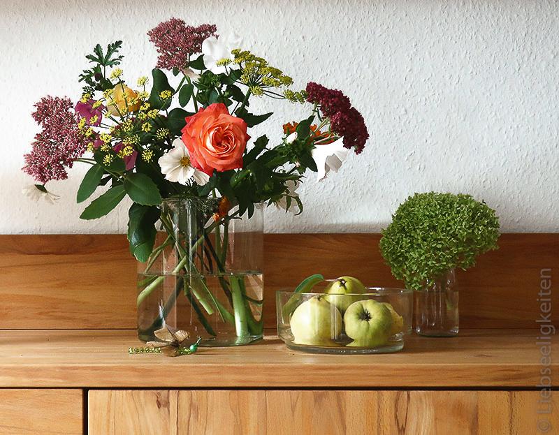 Herbstblumen in der Vase