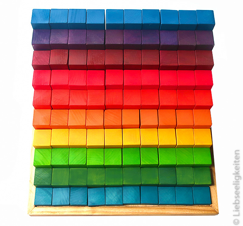 gestufte Rechenklötze in Regenbogenfarben - DIY