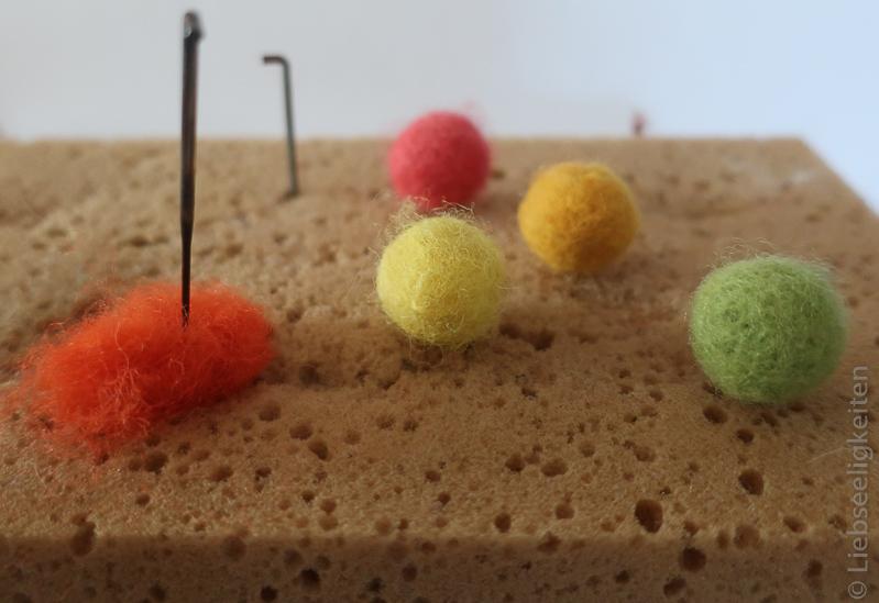 Filzkugeln - Kugeln filzen mit der Filznadel