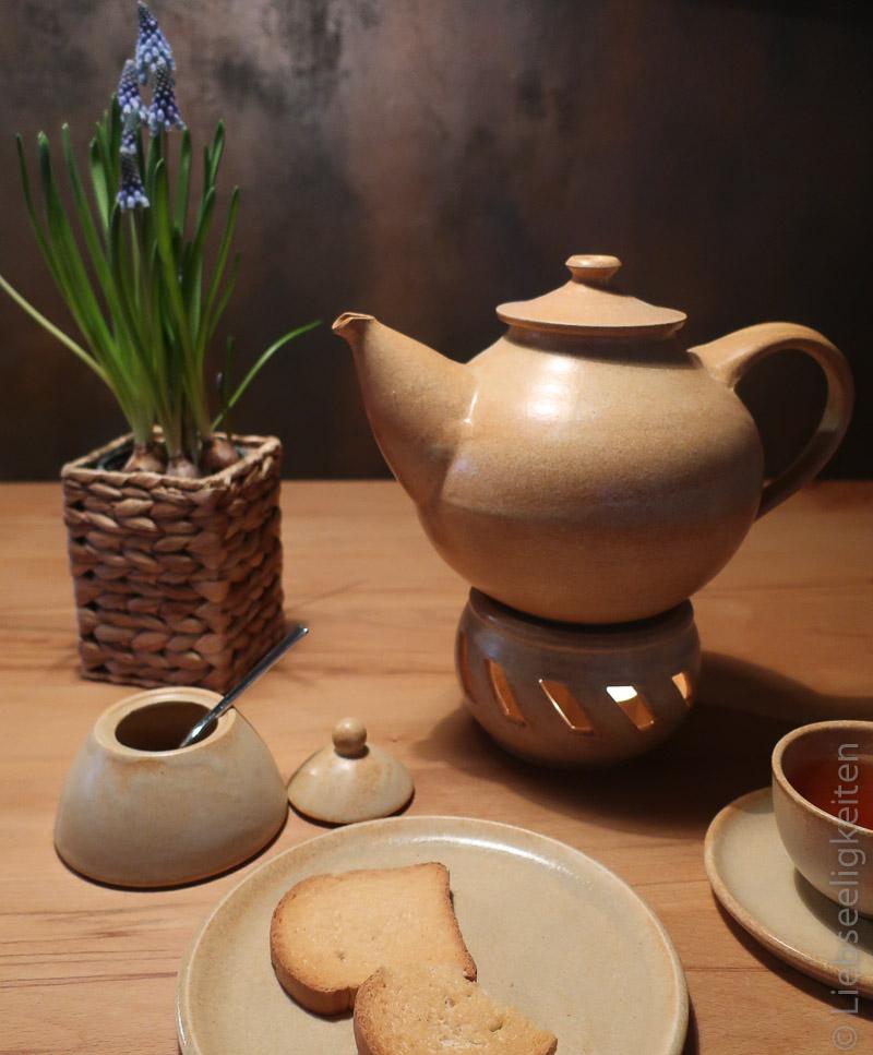 mageres Frühstück und viel Tee