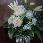 weißer Blumenstrauß - Blumen in der Vase